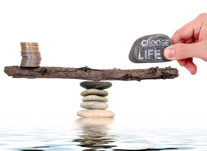 mindful spending, mindfulness money
